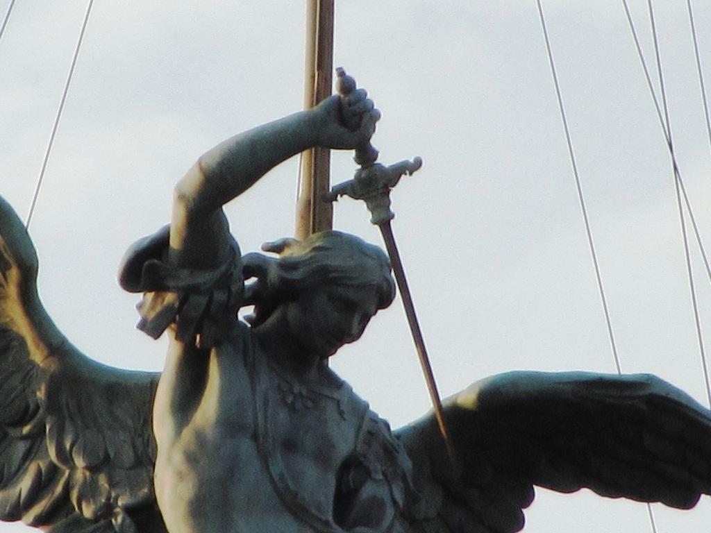 San Michele su Castel Sant'Angelo- Roma