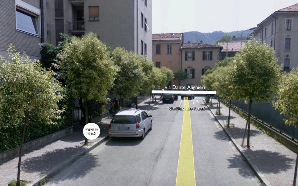 Via Ferrari1